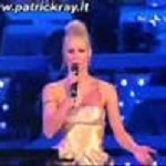 Video: Michelle Hunziker canta