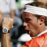 Video: Filippo Volandri batte Roger Federer all'Atp Masters Series di Tennis di Roma
