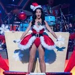 Kate Perry in versione sexy Babbo Natale. Foto